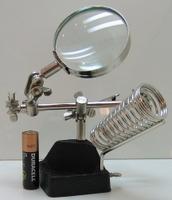 Лупа (65) металлическая на подставке с зажимом №506